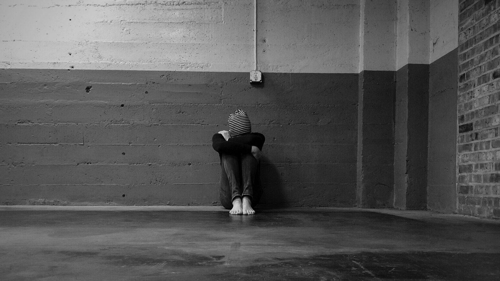 woman despair